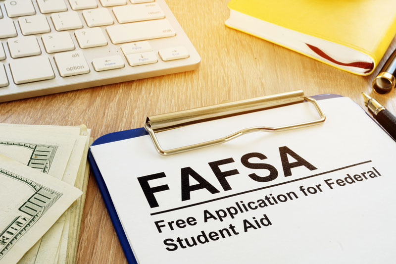 Three FAFSA Tips to Help Centralia IL Taxpayers Get Their High School Grads Ready for College